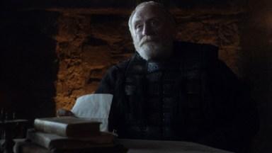 GoT S01E08 00.12.01 - Mormont reading news of Baratheons's death to Jon Snow