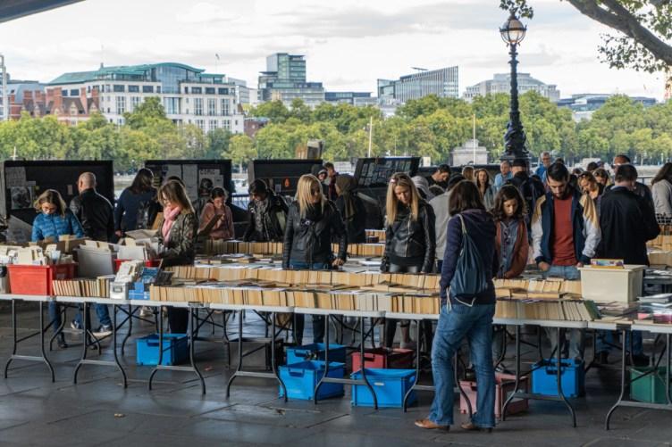 2019.09.08 - Southbank Book Market in London 01