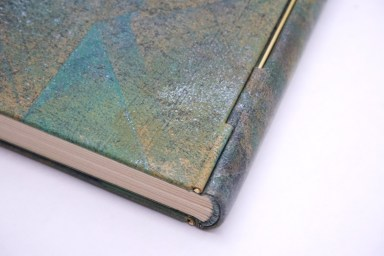 2019.10.07 - Inspiring Bookbinding Projects of September - Rod Binding by Julie Auzillon 02