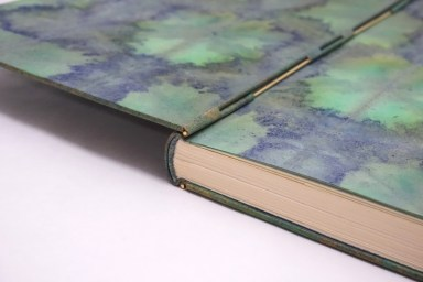 2019.10.07 - Inspiring Bookbinding Projects of September - Rod Binding by Julie Auzillon 03