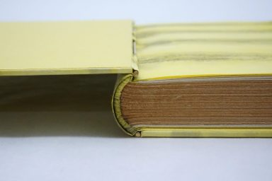 2019.10.07 - Inspiring Bookbinding Projects of September - Rod Binding by Julie Auzillon 05