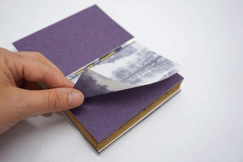 2019.10.07 - Inspiring Bookbinding Projects of September - Rod Binding by Julie Auzillon 09
