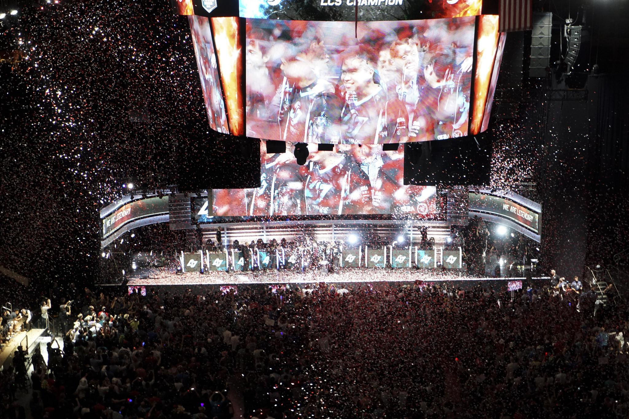 lcs gaming chair chairs with caning league of legends na final what it was really like