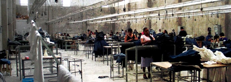 fe9acc10a2 Panorama del Sector Textil de Tehuacán Puebla (Capítulo 1) Historia de la  Maquiladora en