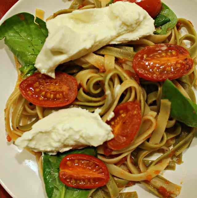 Fettuccine with Seared Tomatoes, Spinach, and Burrata