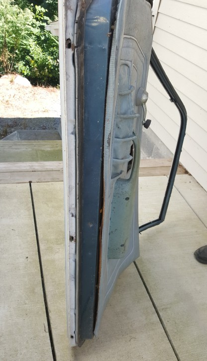 Driver and passenger doors from a 1977 Vega Wagon. The are loaded and in great condition.