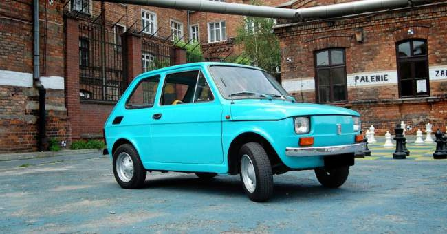 Tom Hanks has a new car: Fiat 126p.