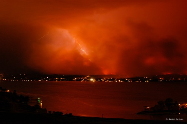 August 22nd, 2003 - 19:56 PST The fire caused so much heat and updraft that it created its own weather system resulting in some spectacular lightning over Kelowna.