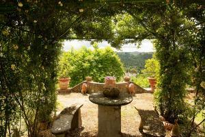 Historischer Garten I Casalini Bauernhaus in der Toskana