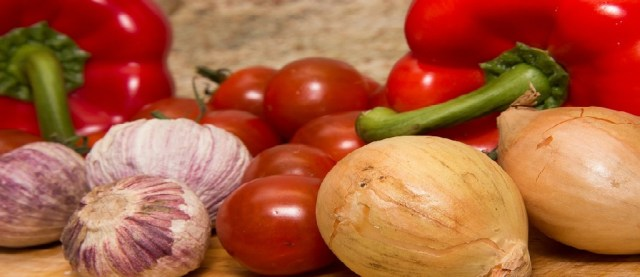 tomatoes, onions and garlic