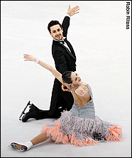 Faiella & Scali in their final pose of the Golden Waltz from 2010 Worlds