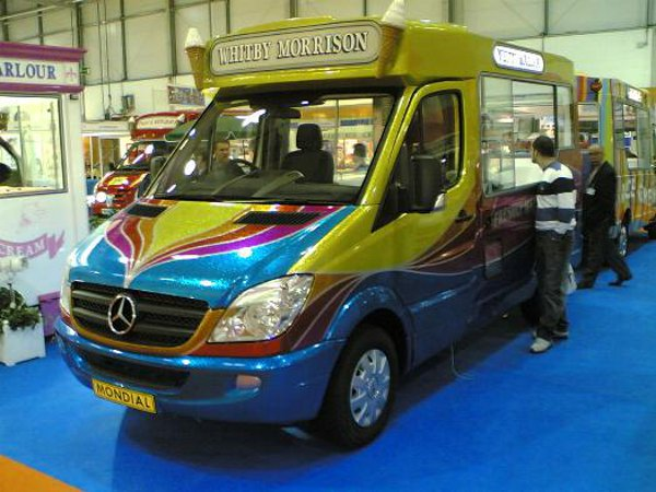 Mondial Ice Cream Van