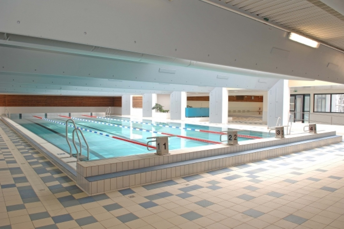 RESTRUCTURATION ET EXTENSION DE LA PISCINE A ZANVILLE