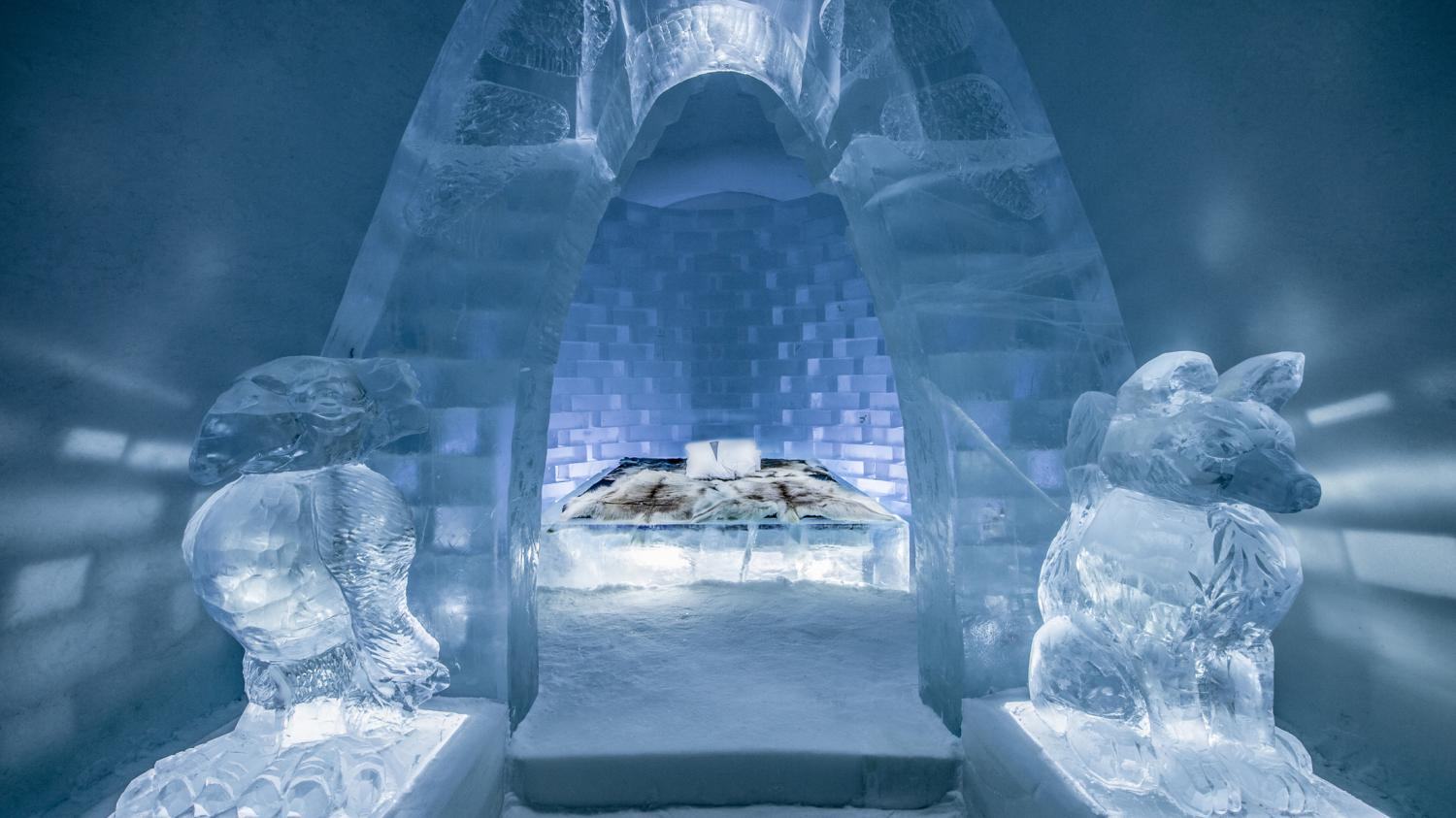 Art Suite In Ice Icehotel