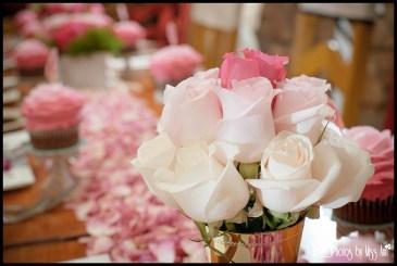 gold-mint-julep-pink-wedding-centerpiece-iceland-wedding-planner