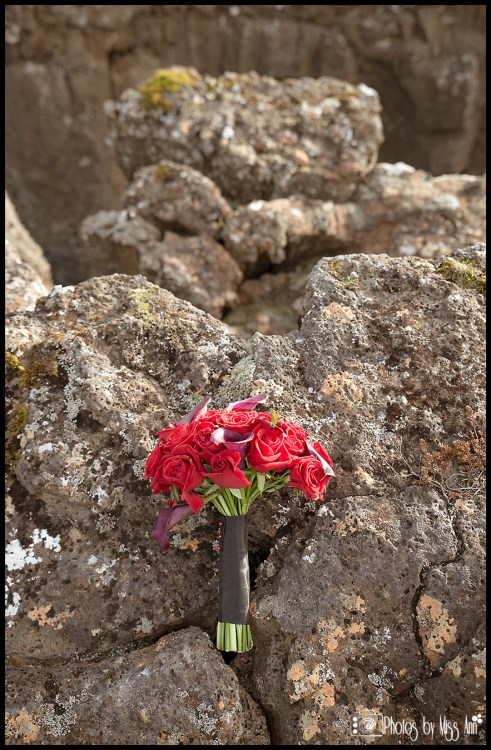 iceland-florist-iceland-wedding-bouquet-thingvellir-national-park-photos