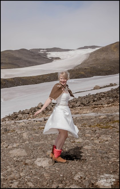 iceland-glacier-wedding-photographer-photos-by-miss-ann-14