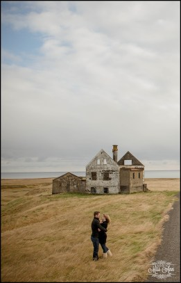 iceland-pre-wedding-photography-photos-by-miss-ann-iceland-abandoned-house