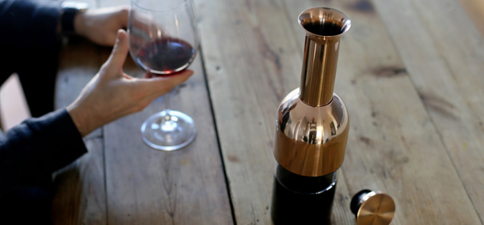Decanter Which Keeps Open Wine Fresh For Two Weeks