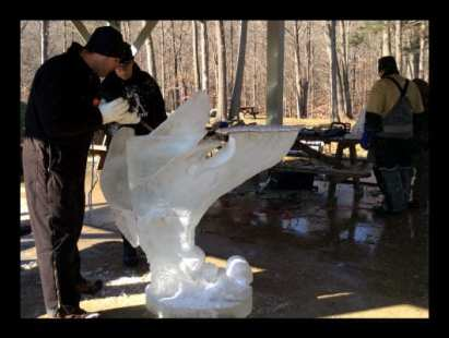 boot-camp-ice-carving-32