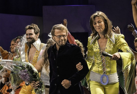 Björn Ulvaeus joins the cast of 'Mamma Mia!' on stage in Helsinki