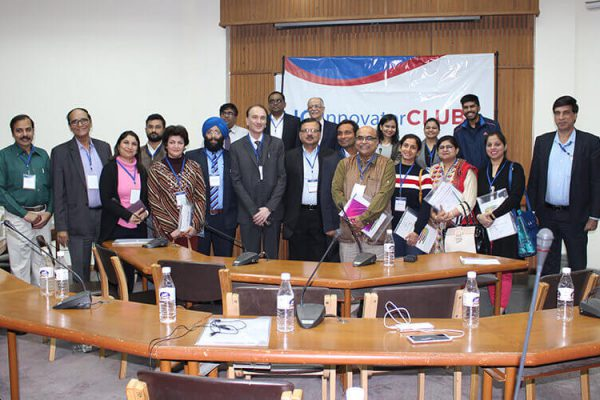 Group-photo-of-members-who-attended-the-IC-InnovatorCLUB-second-meeting