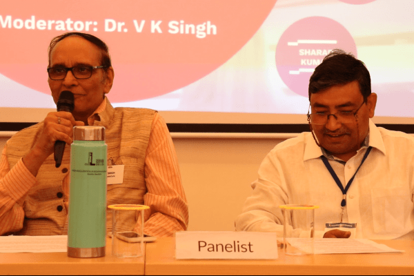 Dr. VK Singh and Partha Roy in the panel discussion at IC InnovatorClub Meeting