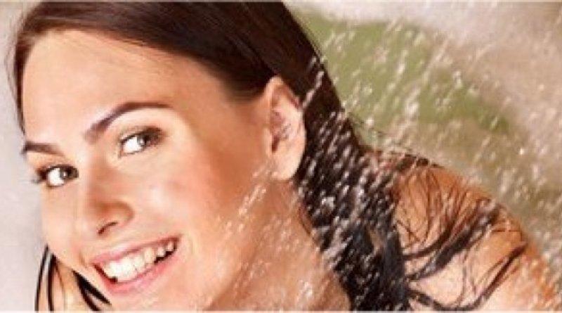 Beim Duschen Wasser sparen