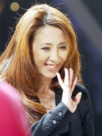 「1億円 飯島愛 ブログ」の画像検索結果