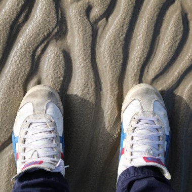 Tiger Asics am Strand