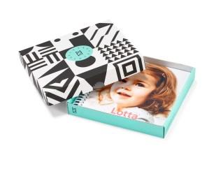 kleineprints-fotobuch-geschenkkarton