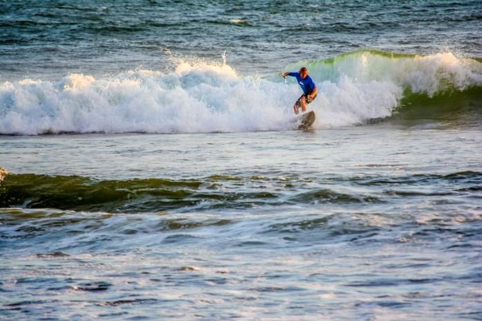 Surfeur à Balian Beach Bali