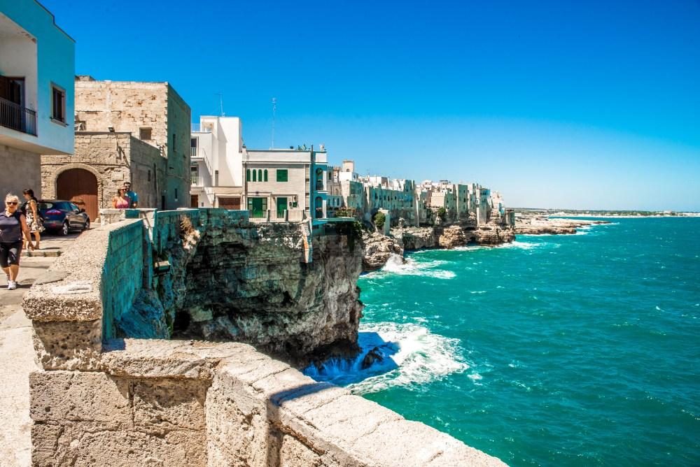 Polignano a mare italie voyage blog blog voyage icietlabas blogvoyage ici et là-bas www.icietlabas.fr