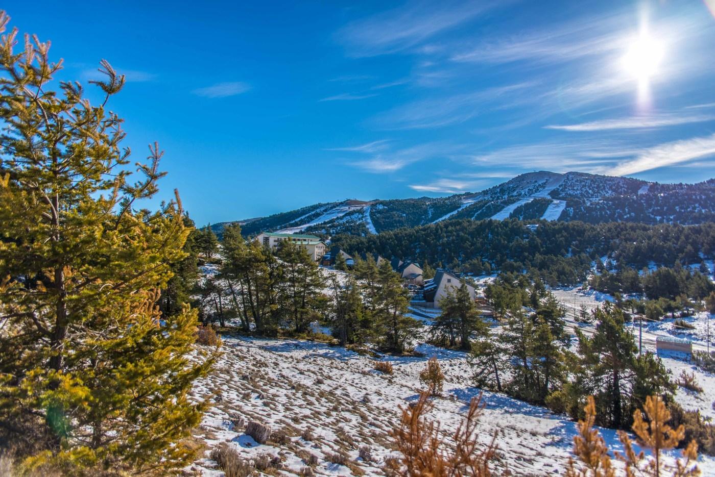 Gréolière-les-neiges station de ski Alpes du sud Nice raquette randonnée ski de fond