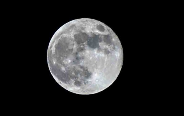 comment prendre la lune en photo tutoriel photo blog voyage blogvoyage icietlabas retouche(1)