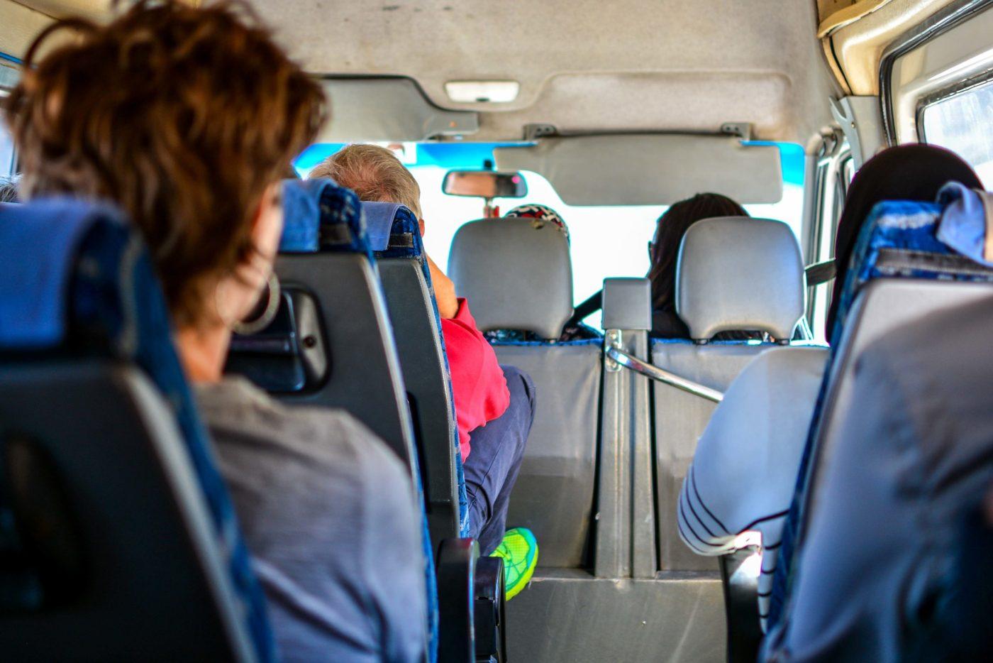 Dans le minibus en direction du désert du sahara