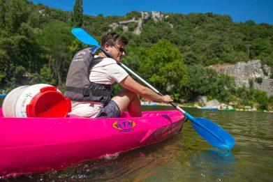 Faire du canoë sur l'ardèche Auvergne & Rhône-Alpes France Blog Voyage