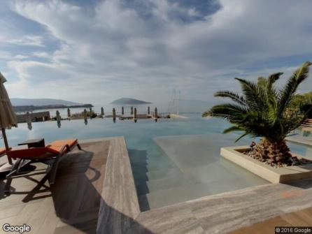 Caresse a Luxury Collection Resort Pool