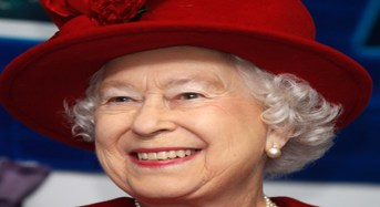 World's Media Urges Queen Elizabeth To Reject Royal Charter