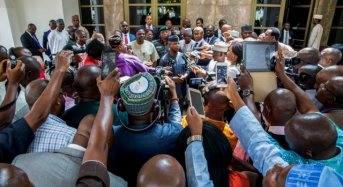 'A one-hour meeting without photos'… How Twitter doubted Osinbajo's visit to Buhari