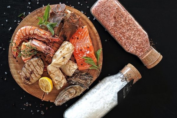 ENJOY A SEAFOOD FEAST EVERY THURSDAY AT THE RETREAT PALM DUBAI