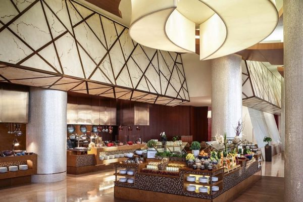 Swissotel Al Ghurair gives back to the community
