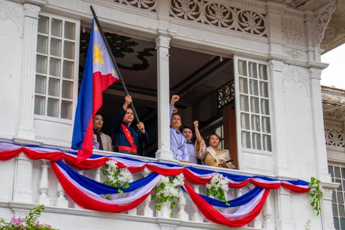 Las Casas Filipinas de Acuzar: Fight for Philippine Independence