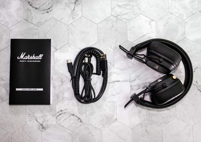 Marshall Major IV headphone - Inside the Box