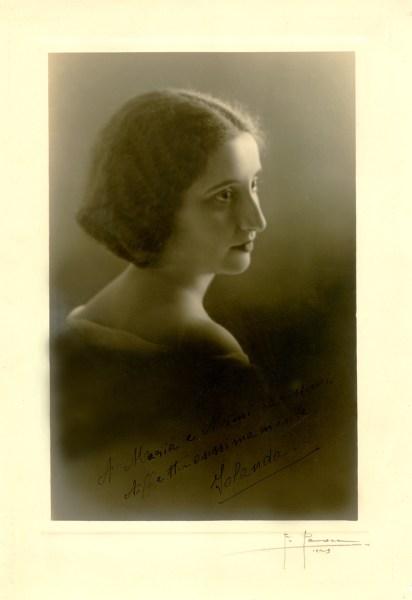 Jolanda Alonzo. Foto di F. Pezza, 1929