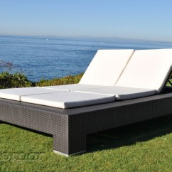 Double Lounge Chair Outdoor White Rocking Wooden Legs Venzano Modern Chaise Icon Contract