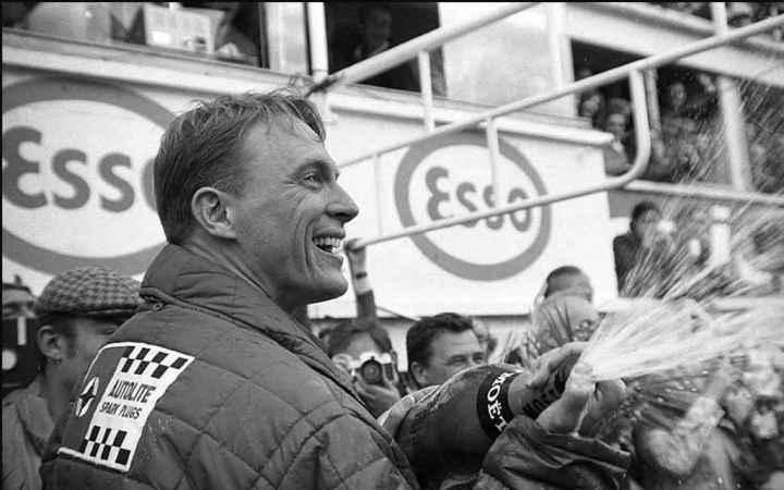 Las 24 Horas de Le Mans: Dan Gurney celebrando a lo grande en 1967