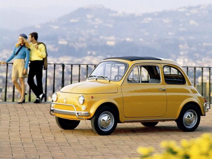 Coches clásicos italianos: Fiat Nuova 500   FCA