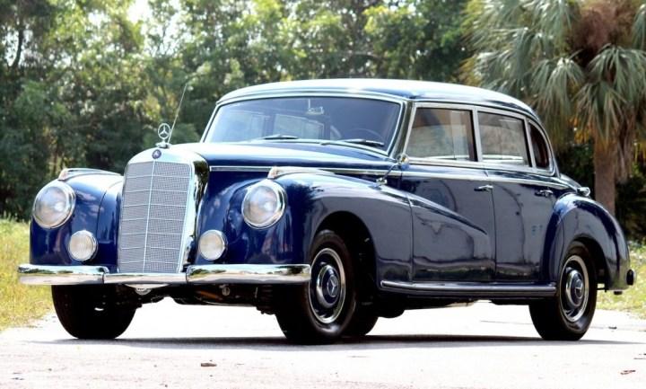 """Mercedes-Benz 300 """"Adenauer"""" (1951-62)"""