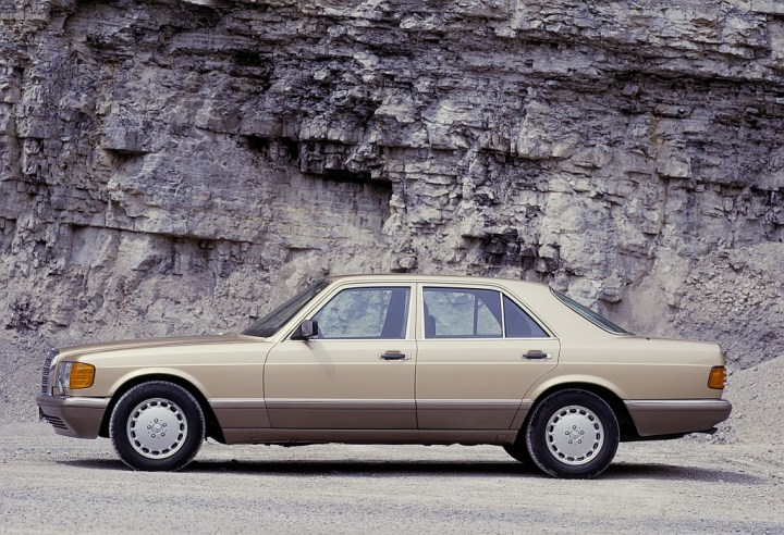 Mercedes-Benz W126 (1979-92) | Daimler